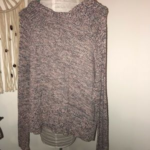 American Eagle pullover sweater